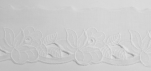 Dentelle broderie anglaise fleurs blanches 100% coton blanc 45 mm